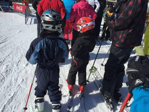 kids-skiiing-thredbo