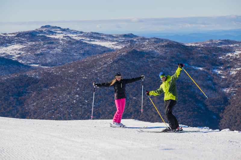 Learn to Ski or Snowboard in Thredbo