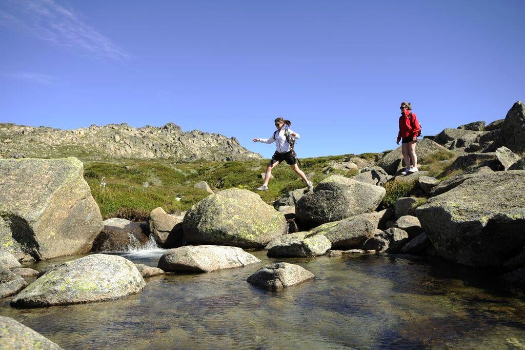 Thredbo accommodation Rocks