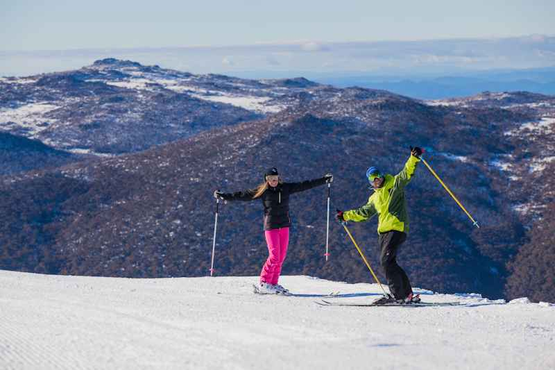 Learn to Ski or Snowboard in Thredbo