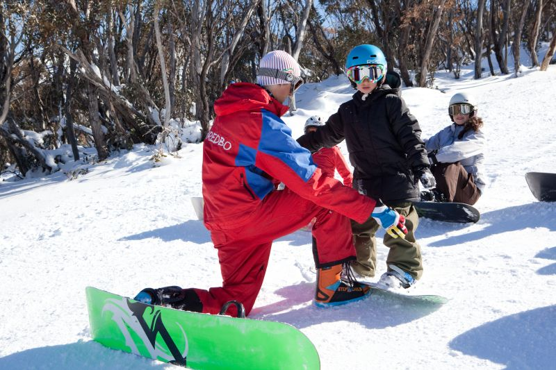thredbo ski packages lessons
